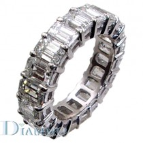 Shared Prong Set Emerald Cut Diamond Eternity Ring